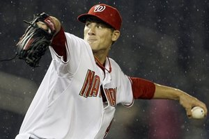 Detwiler gets another frustrating year with the Nats save a trade.  Photo Haraz Ghanbari/AP via federalbaseball.com